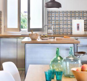 <span>House in Benicassim</span><i>→</i>